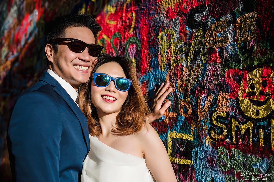 Prewedding photography by Lennon wall in Prague