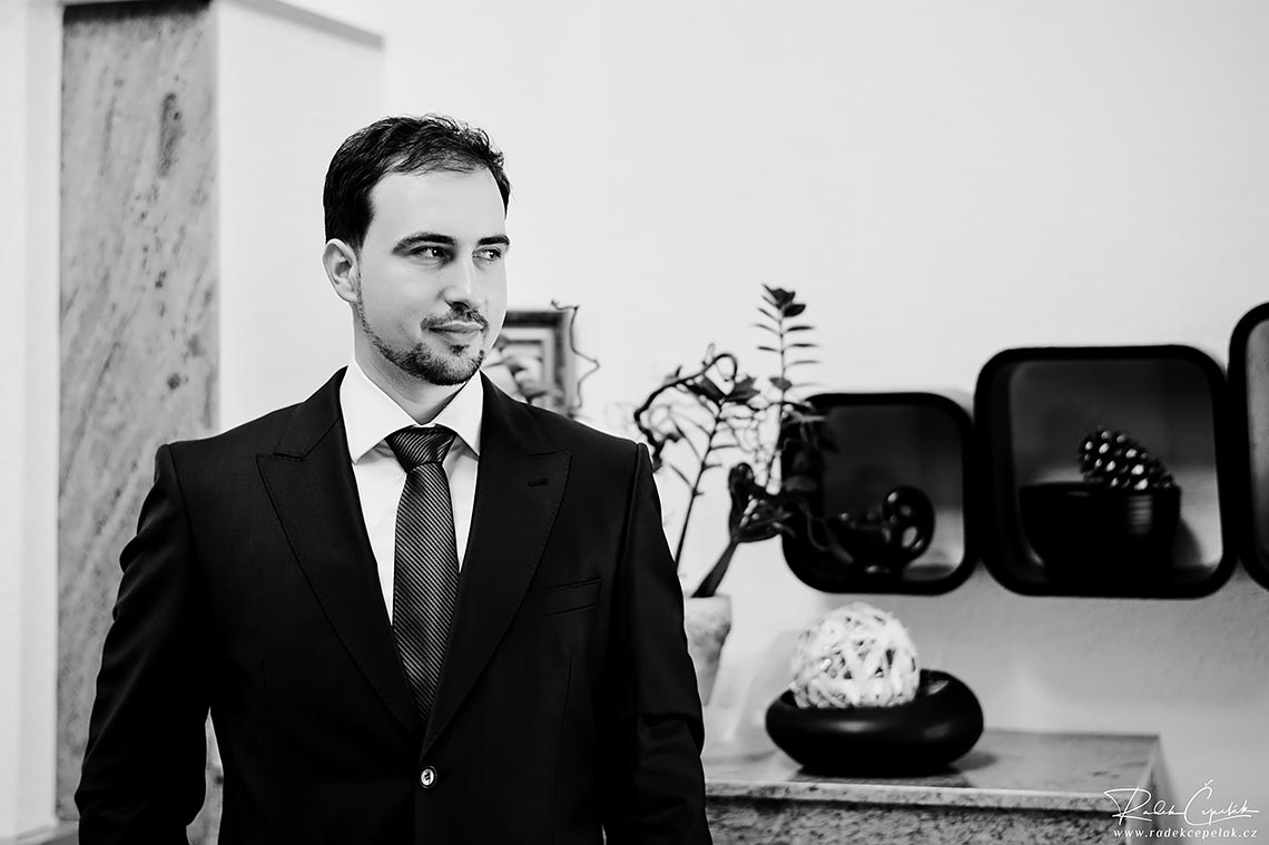 groom black and white photography