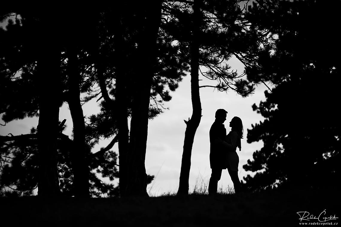 silhouette engagement photography