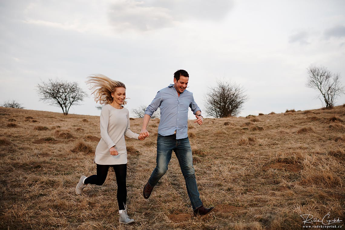 running couple pre wedding photography in nature