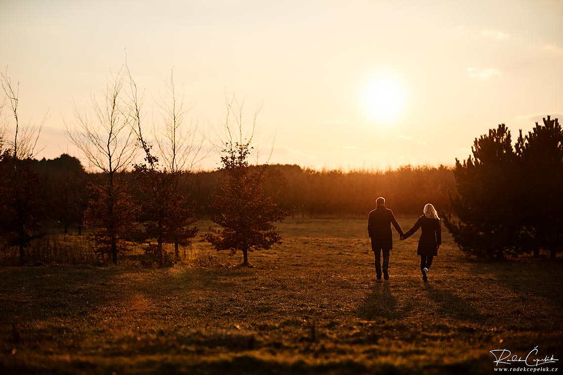 pre wedding photography during sunset time