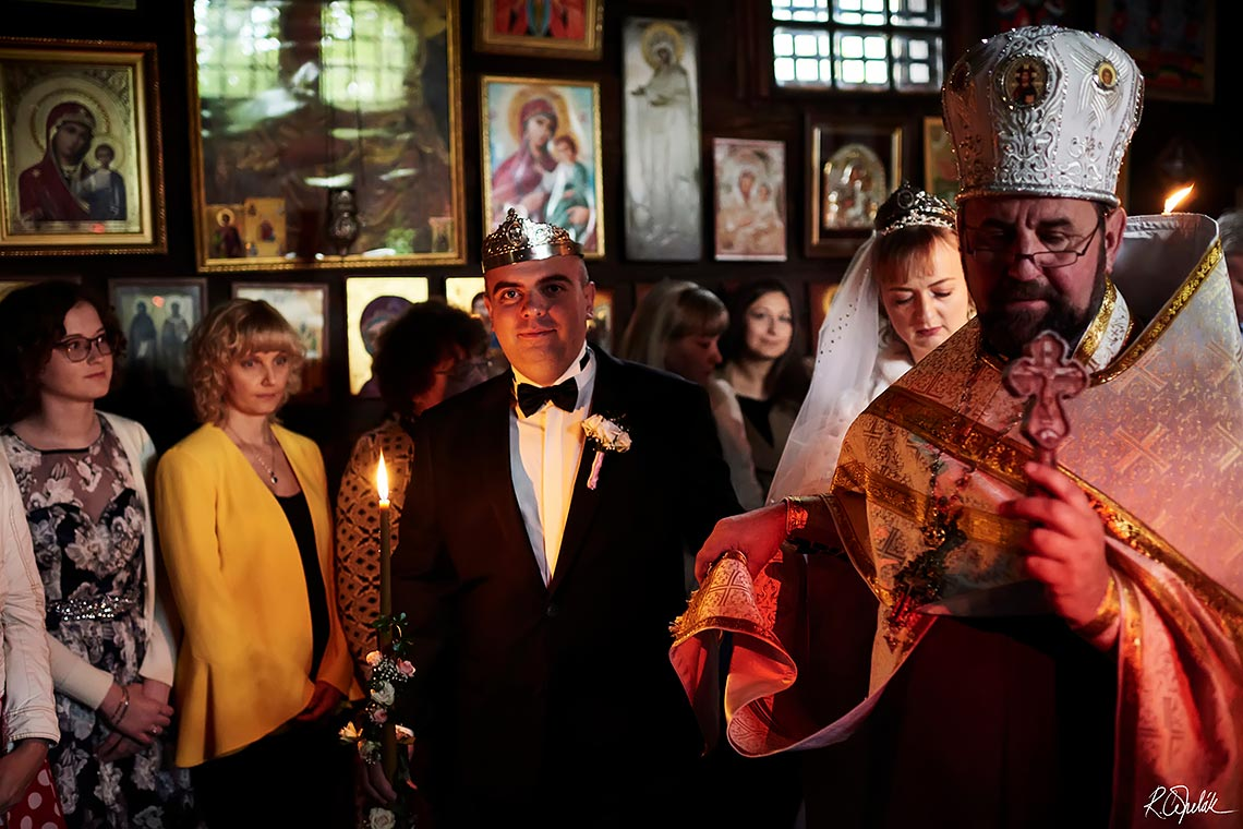 orthodox wedding ceremony in the Church of the Archangel Michael in Prague