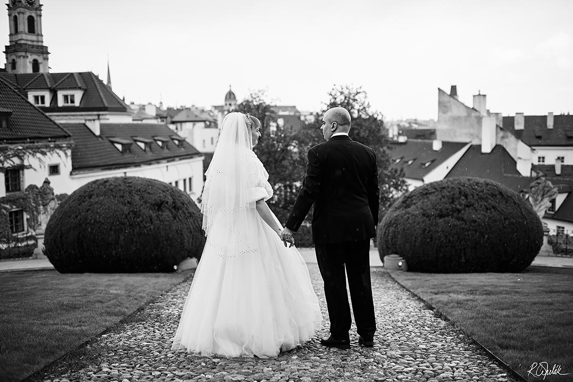 black and white wedding photography in Prague