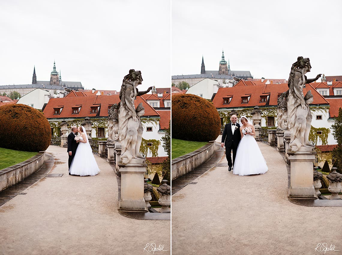 wedding photo with Prague Castle in the background
