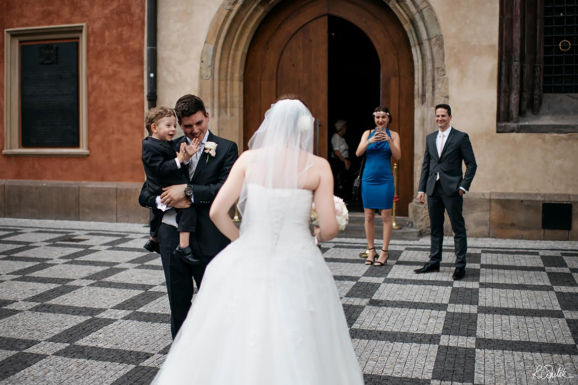prague wedding photography
