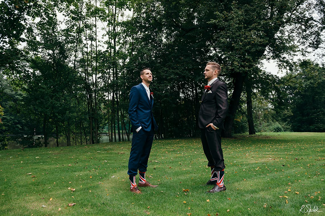 funny wedding photo of brothers with British socks